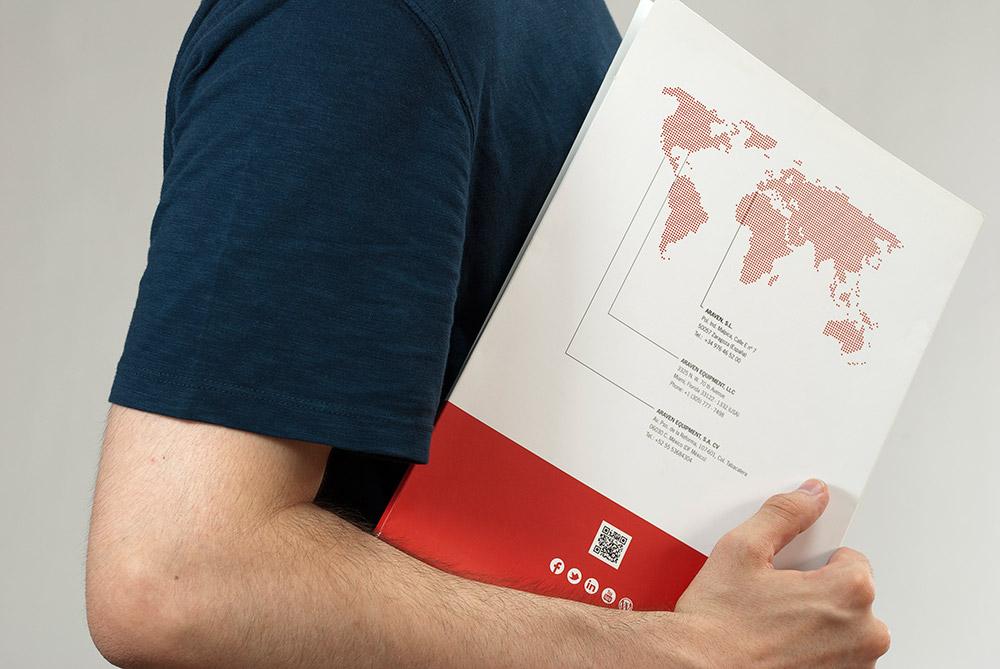 Diseño de catálogo y folletos para Araven - Diseño Editorial